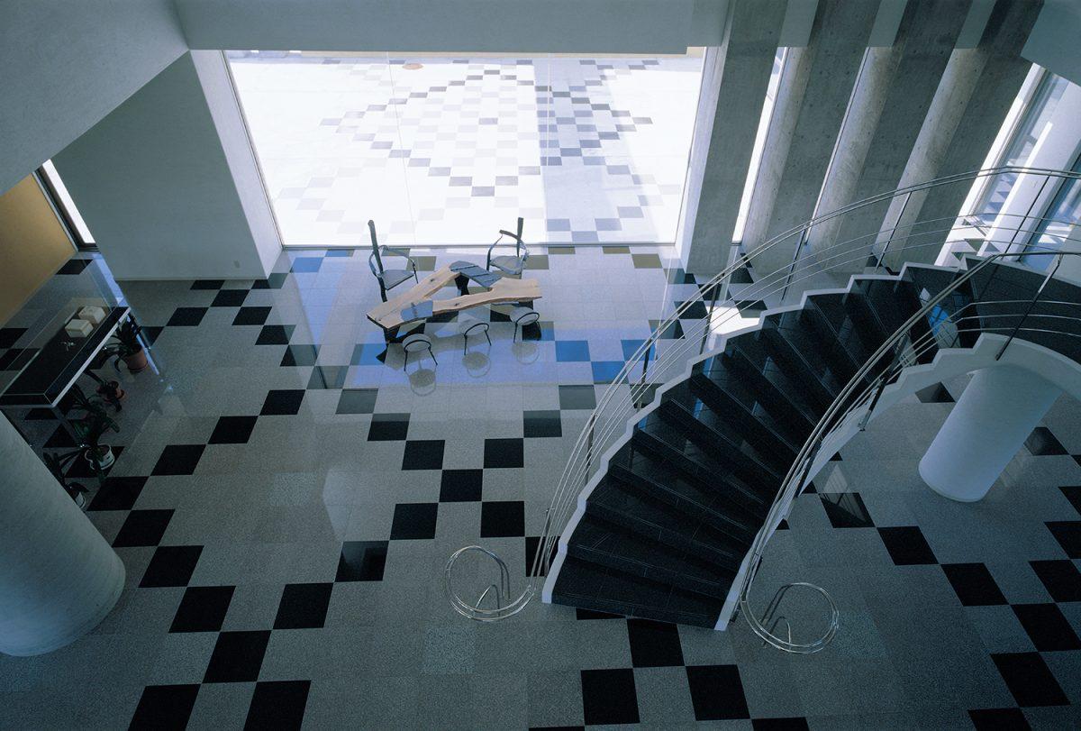 2Fより見たホール