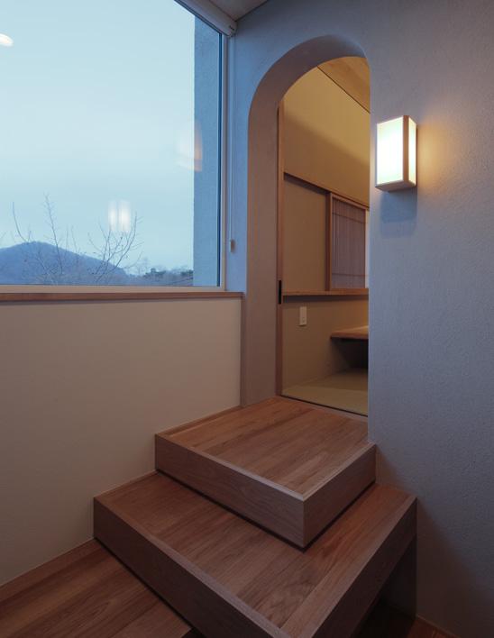 和室へ続く階段