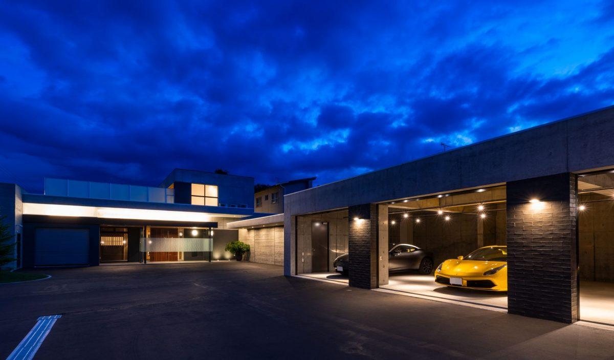 ガレージ夜景